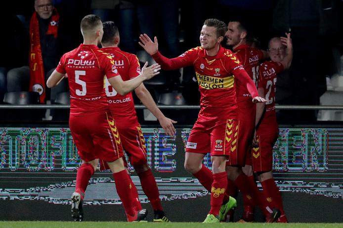 Vreugde bij de spelers van Go Ahead Eagles.