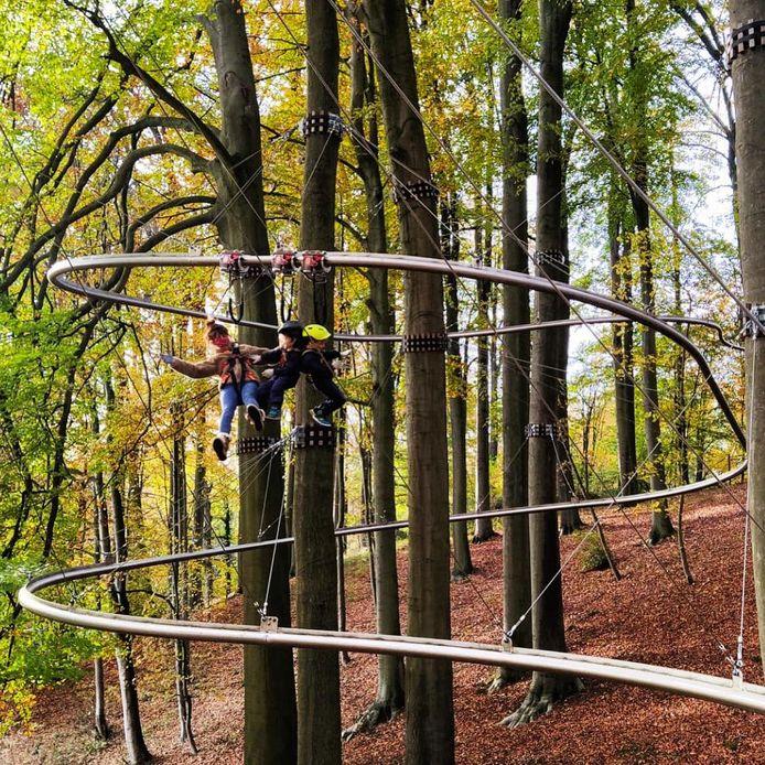L'Aventure Parc est considéré comme un parc d'attractions et est donc contraint de fermer ses portes.