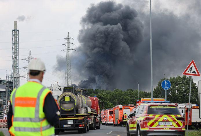 L'explosion, entendue à plusieurs dizaines de kilomètres, avait provoqué mardi dernier un immense panache de fumée noire.