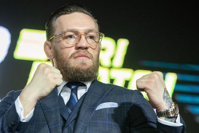 Conor McGregor tijdens zijn persconferentie in Moskou.