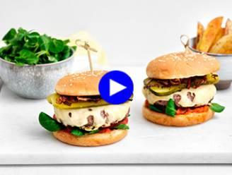 Neem eens je tijd voor fastfood: deze burgers met potato wedges en homemade ketchup zijn delicious!