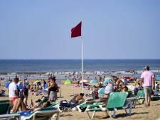 Rode vlag op Haagse stranden, maar wat houdt dat in?