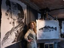 Levensgrote portretten van Anca Blok: rauw en puur, zoals Urkers zijn
