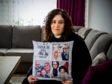 Melike (28) moet huis uit na overlijden van haar moeder: 'Hier liggen alle herinneringen'