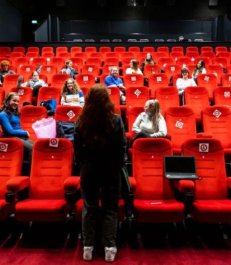 Geen plek voor 1,5-meter, dus huurt  middelbare school een hele bioscoop in Tilburg af