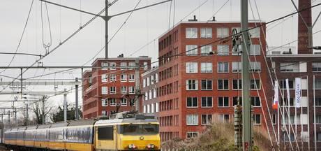Primeur: geluidsschermen met zonnepanelen langs spoor Breda