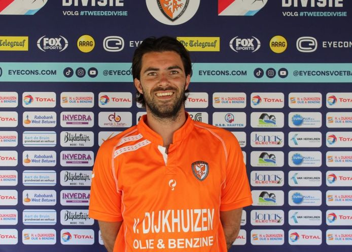 Gino Bosz trainde al een tijdje mee met TEC en tekent nu een éénjarig contract bij de Tielse tweededivisionist.