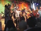 Beperkten beleven toptijd bij start carnaval: 'gewoon lekker hossen'