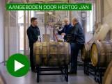 Luc Kesters test welke VOC-specerijen lekker zijn in bier