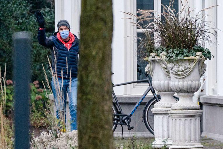 Premier Mark Rutte komt aan bij een eerder overleg in het Catshuis. Beeld ANP