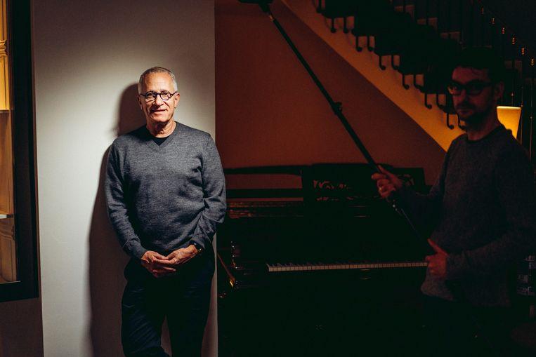 James Newton Howard dirigeert zijn eigen filmmuziek straks in de Koningin Elisabethzaal in Antwerpen. Beeld Thomas Sweertvaegher