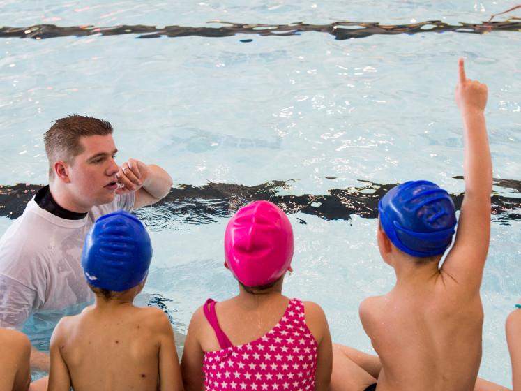 SP wil gymlessen over zwemmen in open water