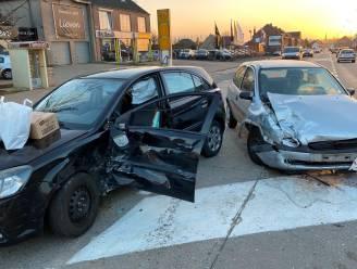 Zware materiële schade bij ongeval op Oudenaardsesteenweg, niemand gewond