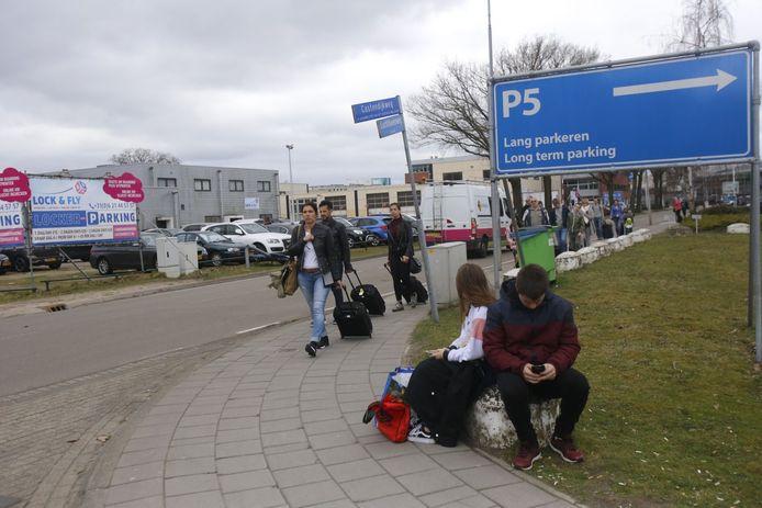 De Luchthavenweg bij Eindhoven Airport is weer helemaal open.