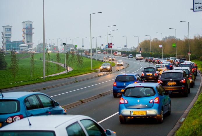 De Algerabrug is een dagelijkse bron van verkeersellende.