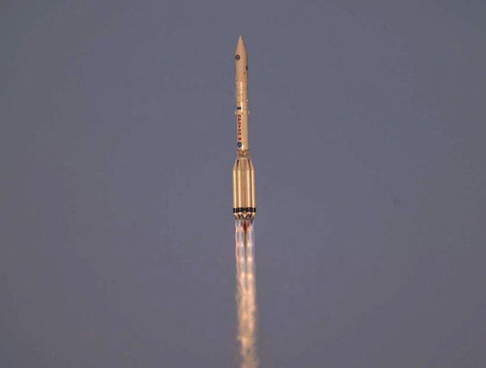 Vorige week woensdag vertrok de raket met daarin de robotarm en een nieuwe Russische uitbouw van het ISS vanaf ruimtebasis Bajkonoer in Kazachstan.