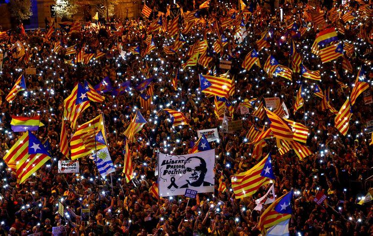 Protest in Madrid van Catalaanse separatisten in maart dit jaar, waarbij de vrijlating van hun leiders werd geëist.   Beeld REUTERS