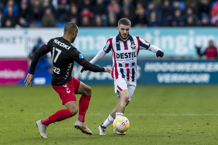 Daniel Crowley (r) tijdens de wedstrijd Willem II - Utrecht.