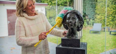 Bronzen beeld Beatrix allesbehalve miskoop