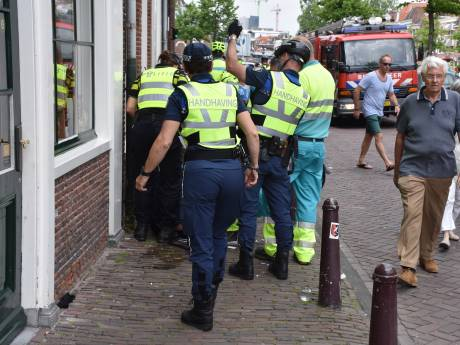 Zeker tien personen onwel door hitte bij Leiden Marathon: traumaheli ter plaatse