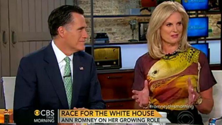 Mitt en Ann Romney dinsdag tijdens het interview met CBS. Beeld YouTube