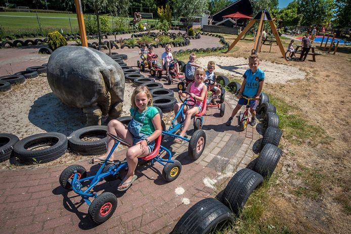 TT-2020-002809-Goor Kukkelnest speeltuien en kinderboerderij geopend editie:Hengelo Foto Reinier van Willigen RVW20200601