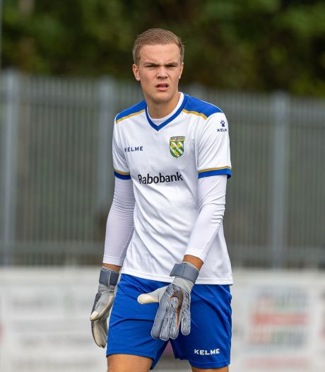 Doelman Jesper Harmans (20) al na acht duels naar volgende divisie: 'Ja, het gaat hard, hè?'