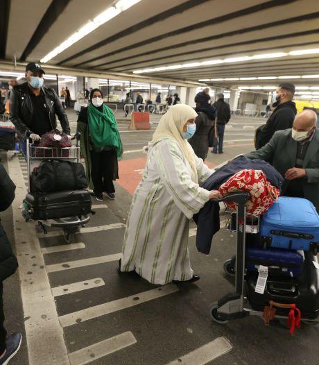 Eerste Nederlanders via Brussel weer terug uit Marokko: 'Het was echt chaos'