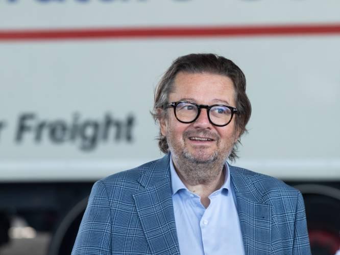 """Marc Coucke springt mee op de oplegger en investeert in parkingapp voor truckers:  """"100.000 parkeerplaatsen te weinig voor Europese truckers"""""""