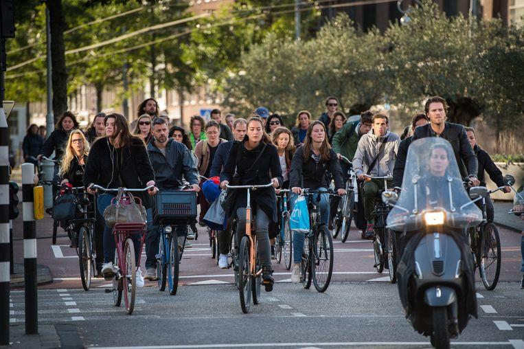 Er wordt meer en meer gefietst in Nederland, en met een steeds grotere verscheidenheid aan tweewielers. Beeld Mats van Soolingen/Hollandse Hoogte