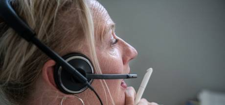 Secretaresse Anje (46) krijgt thuis 350 telefoontjes per dag