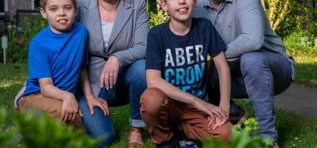 Brabants nieuws van donderdag | Bezoekers Efteling boos - Geëmigreerd gezin klem in Oisterwijk vanwege corona