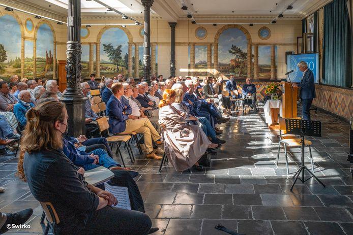 In het Sint-Jozefscollege werd de 400ste verjaardag van de school gevierd met de onthulling van een kunstwerk.