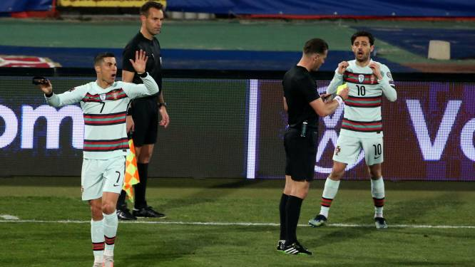 Zware gevolgen: na Ronaldo-rel mag Nederlandse lijnrechter niet naar EK