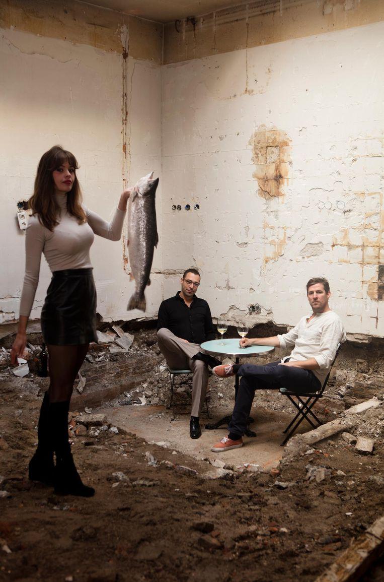 Eigenaar Benjamin Sanchez (midden), zijn vriendin Amanda Kruyver en mede-eigenaar/chef-kok Thor Lunstroo Beeld Jaap Scheeren