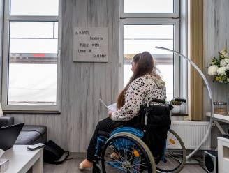Woningcorporatie wil Claudia met rolstoel en al haar huis uitzetten: 'Ik ben doodsbang'
