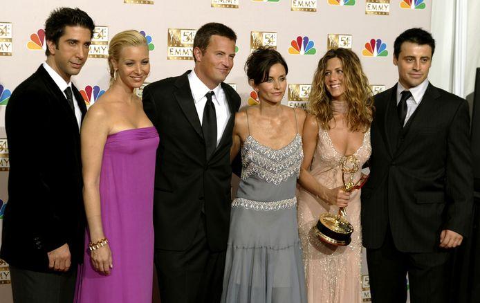 De cast van Friends in 2002, met David Schwimmer, Lisa Kudrow, Matthew Perry, Courteney Cox Arquette, Jennifer Aniston en Matt LeBlanc.