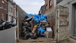 Nog minstens twee dagen werk in vuilste huis van Sint-Amandsberg