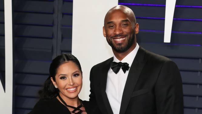 """Weduwe van Kobe Bryant in tranen om emotioneel geschenk: """"Is het niet prachtig?"""""""