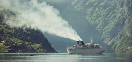 'Cruiseschepen nog steeds mega-vervuilend'