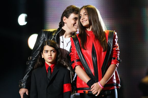 Michaels kinderen Bigi, Prince en Paris Jackson in 2008, lang voor er sprake was van 'Leaving Neverland'.