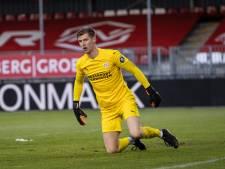 Jong PSV dankzij uitblinkende doelman Mark Spenkelink naar knap punt bij treurend Almere