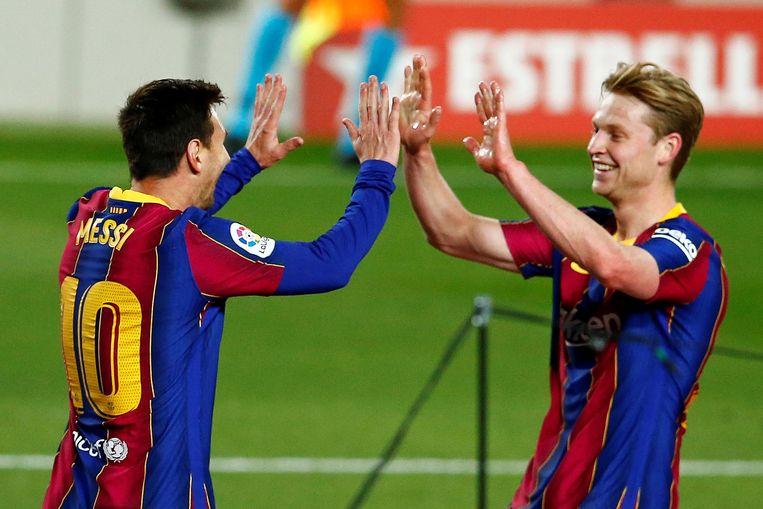 Lionel Messi en Frenkie de Jong. Beeld EPA