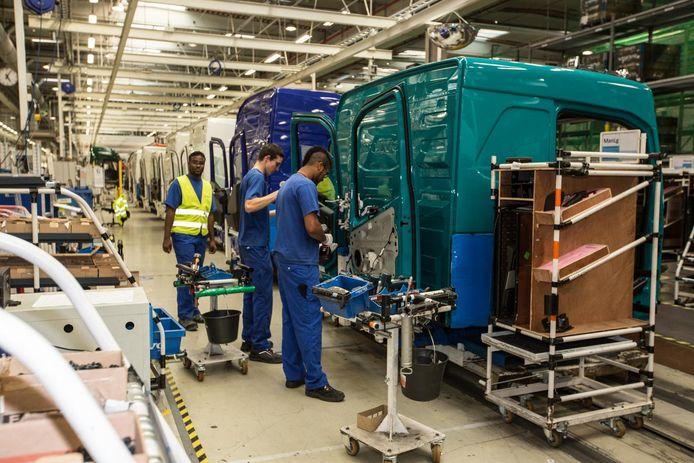 Een beeld uit de Volvo Trucks-fabriek