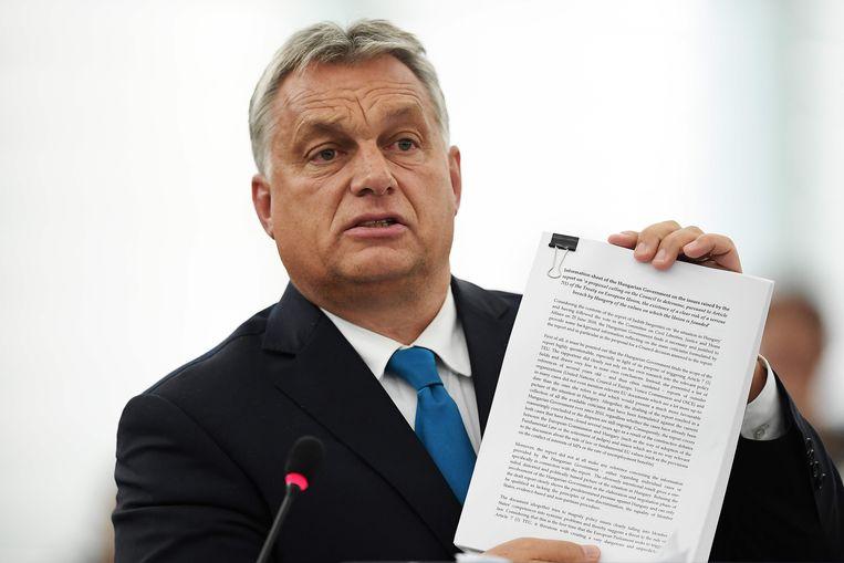 Premier Viktor Orbán van Hongarije in debat met het Europese Parlement. Beeld AFP