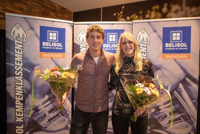 Coen Vermeltfoort is ook in de criteriums gevreesd om zijn eindschot. Hier poseert hij samen met Monique van de Ree na winst van het Belisol-Kempenklassement.