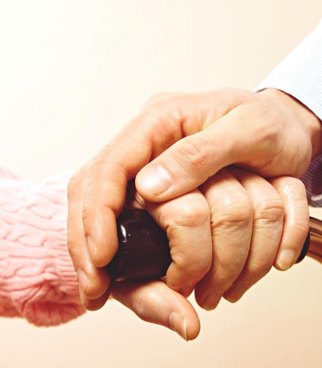 Une octogénaire décède après avoir bu du détergent en maison de retraite