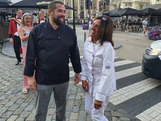 """Marc van bistro Nicky's bedankt trouwe chefs met groots verrassingsfeest: """"Als zij hier ooit vertrekken, stop ik met de zaak"""""""