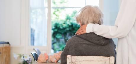 'Warme technologie' in de strijd tegen dementie: van kompas tot kussen