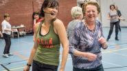Maria (79) bewijst het: Voor Zumba ben je nooit te oud
